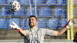 Spain's goalkeeper Unai Simon attends a training session at the Petrovsky stadium in St. Petersburg, Wednesday, June 30, 2021