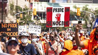 tüntetők Winnipegben