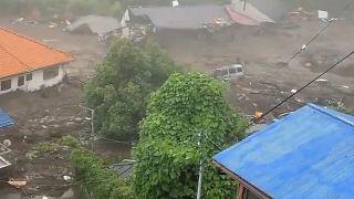 صورة لساكن محلي التقطها لانهيار التربة في اليابان. 03/07/2021