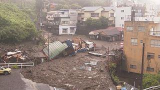 تصاویری از طغیان رود و رانش زمین در ژاپن؛ دستکم بیست نفر مفقود شدند