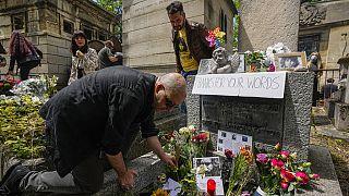 Ötven évvel ezelőtt hunyt el a rockzene egyik legendája, Jim Morrison