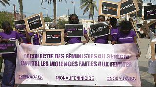 """Au Sénégal, des féministes manifestent à visage découvert pour dénoncer """"la culture du viol"""""""