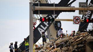 ABD'de çöken 13 katlı bina enkazı