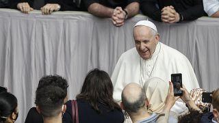 Papa Francis ameliyat olacak