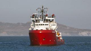 """سفينة الإنقاذ """"أوشين فايكينغ"""" التابعة لمنظمة """"اس.او.اس المتوسط"""""""