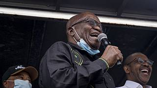 South Africa: Zuma addresses supporters, shows no sign he will hand himself over