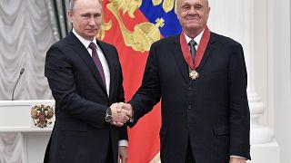 Владимир Меньшов с Владимиром Путиным. 2017 год