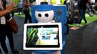Pari'teki Vivatech Fuarı'nda Kompaï Robotics'in ürettiği son model