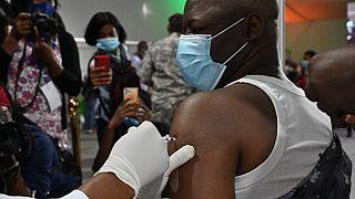 Côte d'Ivoire : des unités de vaccination sur les marchés d'Abidjan
