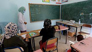 Salle de classe accueillant des migrantes à la Maison des associations de Médenine, en Tunisie, 15 juin 2021