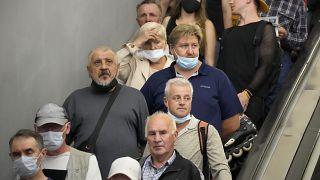 Пассажиры метро Санкт-Петербурга. Июнь 2021 года