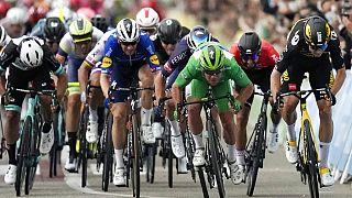 Le sprint final de la dixième étape du Tour de France 2021 à Valence, le 6 juillet 2021