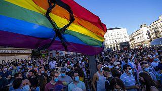 Manifestación en la Puerta del Sol contra el presunto asesinato homófobo