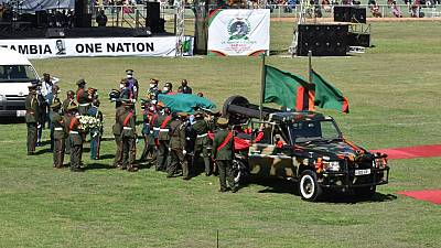 Zambie : Kenneth Kaunda inhumé face au siège du gouvernement