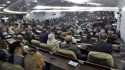 Algérie : nouveau gouvernement sans grand changement
