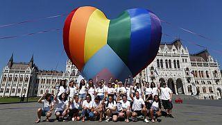 "Hongrie : la loi ""homophobe"" de Viktor Orban entre en vigueur"