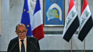 وزير الخارجية الفرنسي جان إيف لودريان ونظيره العراقي فؤاد حسين في العاصمة العراقية بغداد ، في 16 تموز / يوليو 2020.
