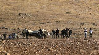 قوات إسرائيلية تطرد بدو من قرية بالضفة الغربية