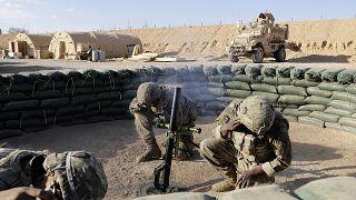 جنود أمريكيون ينفذون هجوما في الأراضي العراقية