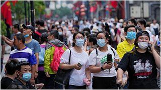 معدل الوفيات بسبب فيروس كورونا في ارتفاع