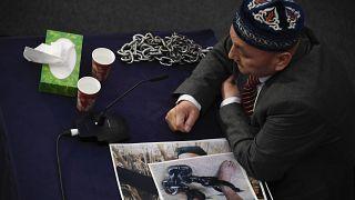 الشاهد عمير بقالي يدلي بشهادته أمام لجنة هيئة محكمة الأويغور المستقلة خلال الجلسة الأولى لجلسات الاستماع في لندن. 2021/06/04