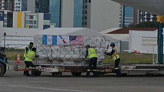 Las dosis de Moderna donadas por Estados Unidos, a su llegada a Guatemala