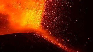 Csodálatos képet festett az égre az Etna kitörése
