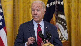 Az elnök az amerikai kormányzat infrastrukturális beruházási tervéről beszél a washingtoni Fehér Házban