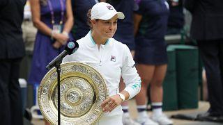 Wimbledon : Ashleigh Barty remporte la finale contre Karolina Pliskova