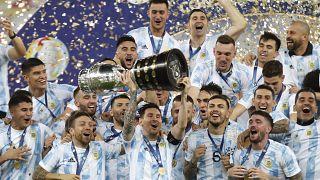 Kupa Amerika: Brezilya'yı 1-0 yenen Arjantin 28 yıl sonra şampiyon