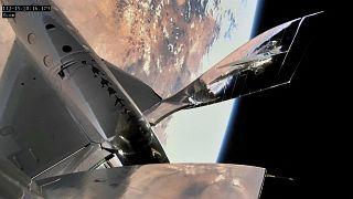Az űrben járt Richard Branson hat alkalmazottjával