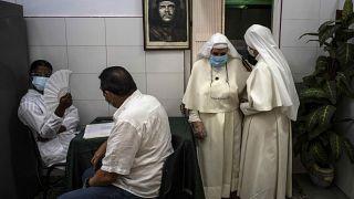 Nonnen in Havanna werden mit Abdala geimpft, Foto vom Juni.