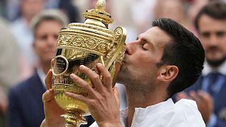 Novak Djokovic vence em Wimbledon pela sexta vez