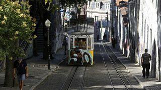 В Португалии ужесточили санитарные меры