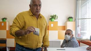 L'ancien Premier ministre Boïko Borissov en train de voter le 00 juillet 2021