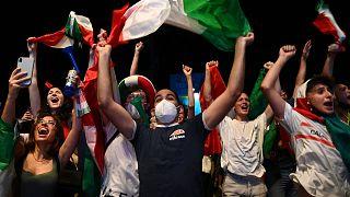 Italianos festejam vitória no Euro2020
