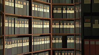 Boîtes d'archives de la prison de la Bastille