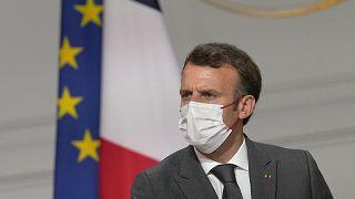 El presidente francés, Emmanuel Macron. con mascarilla