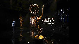 """""""The Crown"""" et """"The Mandalorian"""" en tête de la course aux Emmy Awards"""