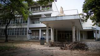 La UCV peligra debido al déficit de los fondos gubernamentales, la mala gestión de las autoridades universitarias y el inadecuado mantenimiento de sus infraestructuras.