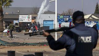 Südafrika: Gewalt und Plünderungen - mehr als 70 Tote