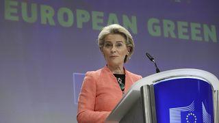 """La présidente de la Commission européenne, Ursula von der Leyen, présente son """"EU Green Deal"""" à Bruxelles, le mercredi 14 juillet 2021."""
