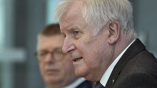 Stand heute ist die Wahl sicher, so Innenminister Seehofer.