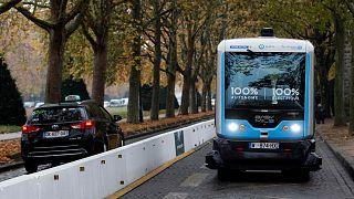 تردد مینیبوس تمام الکتریکی در فرانسه