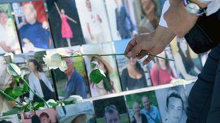 Des fleurs en hommage aux victimes de l'attentat meurtrier du 14 juillet 2016 sur la Promenade des Anglais à Nice, photo prise le 19 juillet 2016.