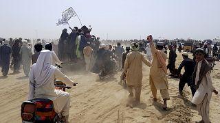 حاول الحشد المؤيد لطالبان العبور نحو الجانب الأفغاني