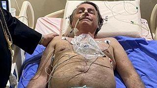 Le président brésilien Jair Bolsonaro à l'hôpital, le 14/07/2021 -  Image issue du compte officiel Twitter de Jair Bolsonaro