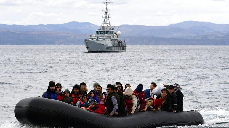 """""""Yunanistan'dan Türkiye'ye geri itilen mülteciler ülke adına utanç kaynağı"""""""