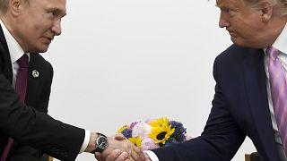 """Владимир Путин и Дональд Трамп на саммите """"Большой двадцатки"""" в 2019 году"""