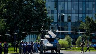 مروحية أمريكية هبطت اضطراريا وسط شارع مزدحم وسط العاصمة الرومانية بوخارست. 2021/07/15